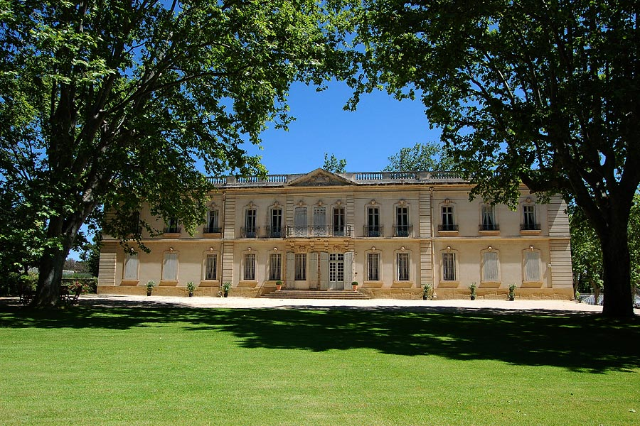 Chambres au château Lambesc