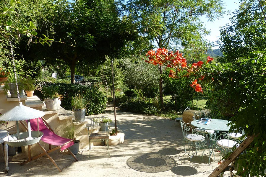 Suite de charme avec cuisine Pays d'Aix en Provence et Marseille