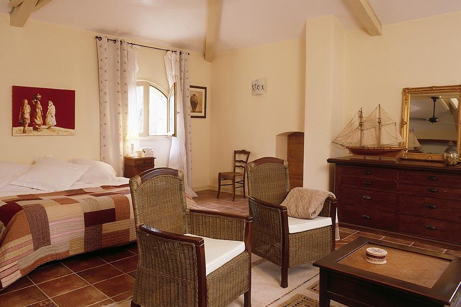 Chambres d 39 h tes de charme faucon voconces vaison la - Chambre d hote de charme vaison la romaine ...