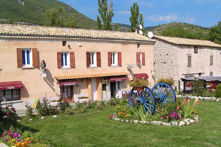 Hôtel-Restaurant Les Omergues