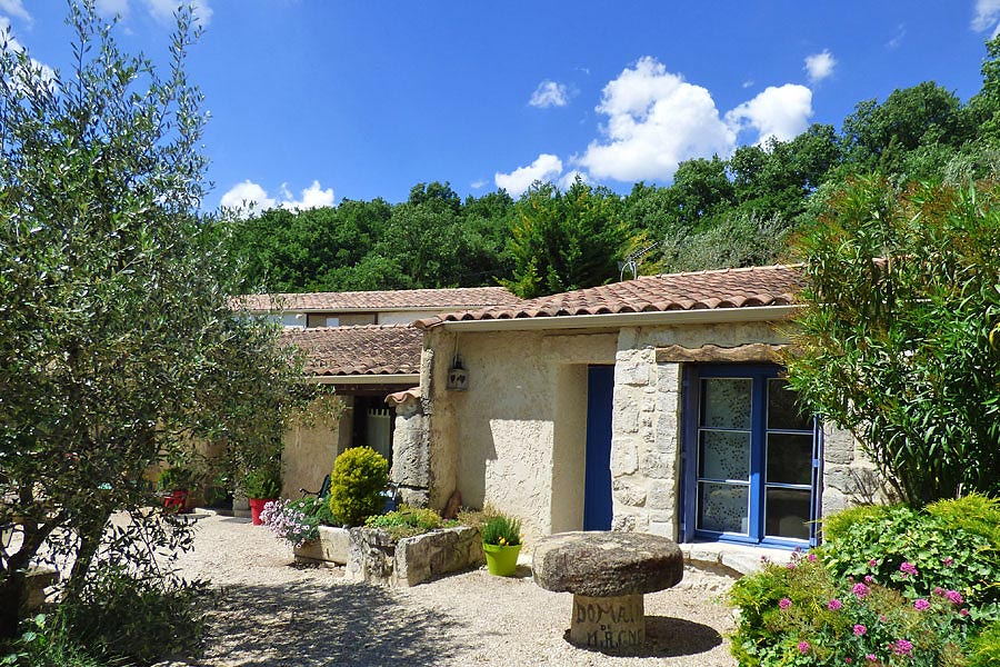Bed And Breakfast Drme Provenale  Provence