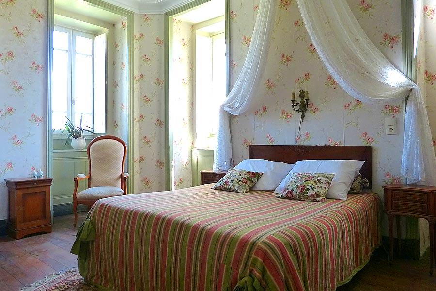 chambres d 39 h tes de prestige mont limar dr me proven ale. Black Bedroom Furniture Sets. Home Design Ideas